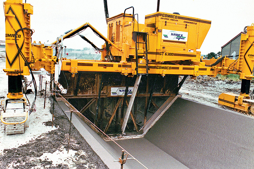 GOMACO, Manufacturer of Concrete Slipform Paving Equipment: Canal/Slope