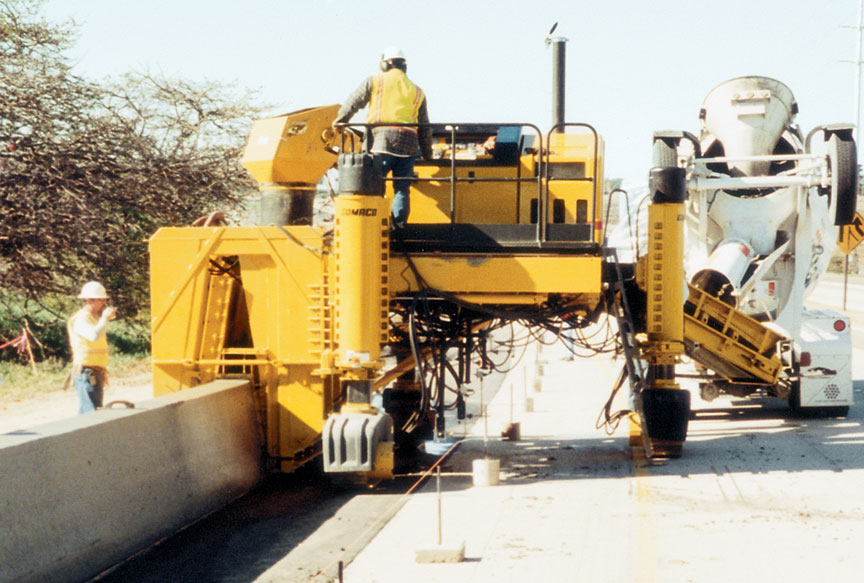 slipform curb machine
