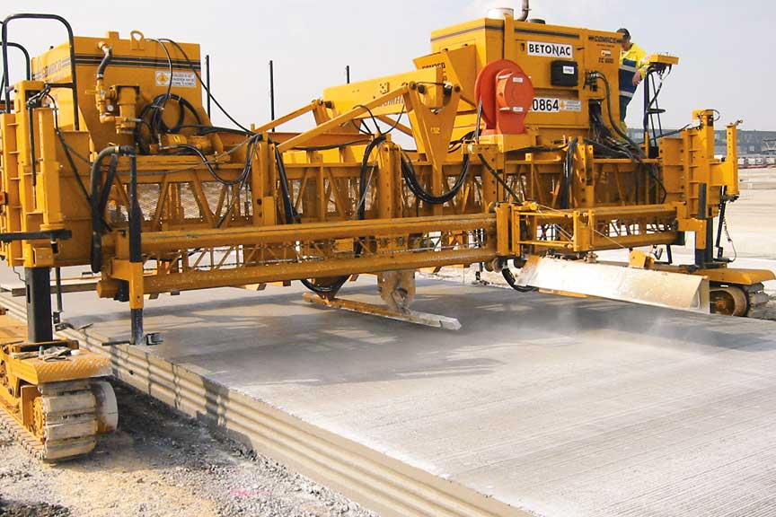 Concrete Paver Finisher : Gomaco world  paving passes for a ghp at the