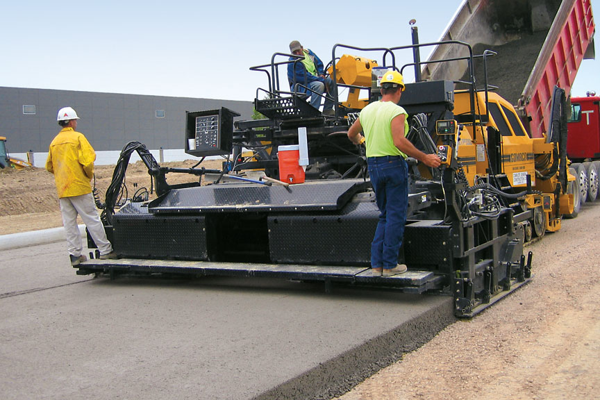Roller Compacted Concrete Equipment : Gomaco world rcc success on an ohio industrial loop