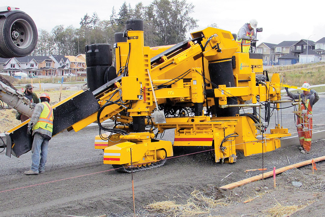 Gomaco Manufacturer Of Concrete Slipform Paving Equipment